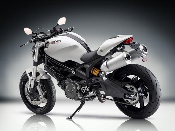 imagem foto moto ducati monster 696 traseira outra