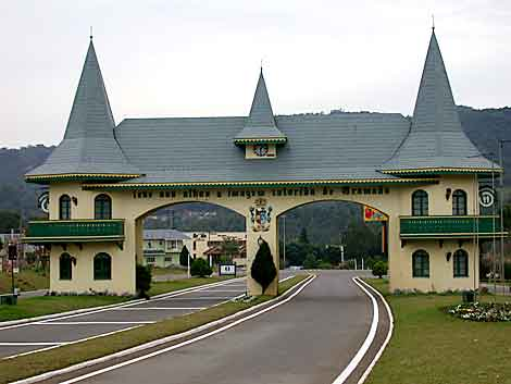 imagem foto gramado rio grande do sul portico